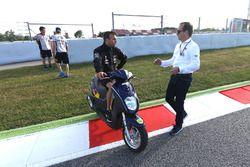 Johann Zarco, Ajo Motorsport en la nueva chicana para reemplazar la curva 12