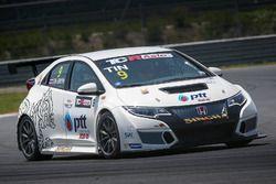 Tins Sritrai, Honda Civic TCR - Corea