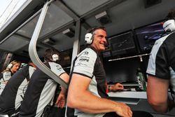 Andy Stevenson, team manager de Sahara Force India F1, célèbre la 3e place de Sergio Pérez, Sahara Force India F1, à la fin de la course