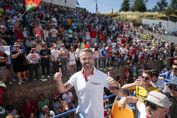 Tiago Monteiro, Honda Racing Team JAS, Honda Civic WTCC avec des supporters