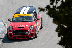 #73 MINI JCW Team MINI Cooper John Cooper Works: Derek Jones, Mat Pombo