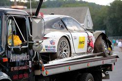 #912 Porsche Team North America Porsche 911 RSR: Earl Bamber, Frédéric Makowieck après l'accident