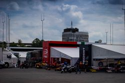 Le paddock GP2
