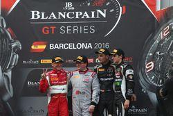 Podium: Ganador AM Cup, Claudio Sdanewitsch, AF Corse, ganador del Sprint Championship Enzo Ide, Bel