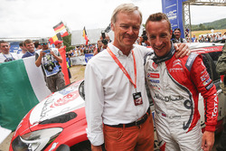 Ganador Kris Meeke, Citroën DS3 WRC, Citroën World Rally Team con Ari Vatanen