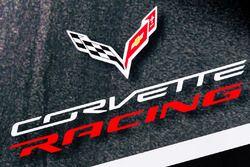 Corvette Racing zona de Paddock y logo
