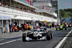pit lane, Pedro Piquet, Van Amersfoort Racing Dallara F312 – Mercedes-Benz