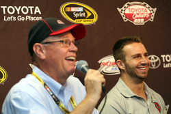 Matt DiBenedetto, BK Racing Toyota mit Ron Devine, BK Racing Teambesitzer