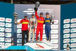 Podium: Sieger Lucas di Grassi, ABT Schaeffler Audi Spor; 2. Jérôme d'Ambrosio, Dragon Racing; 3. Sé