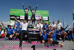 Podio: i vincitori Jari-Matti Latvala, Miikka Anttila, Volkswagen Polo WRC, Volkswagen Motorsport