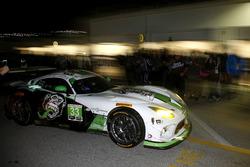 #33 Riley Motorsports SRT Viper GT3-R : Ben Keating, Jeroen Bleekemolen, Marc Miller, Dominik Farnbacherou