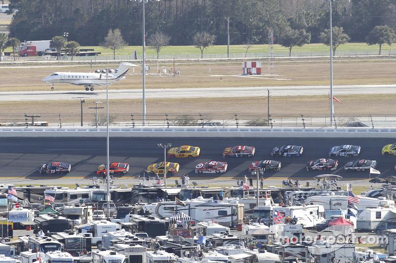 NASCAR vs. Jet