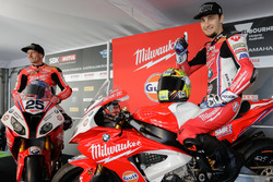 Joshua Brookes, Milwaukee BMW y Karel Abraham, Milwaukee BMW