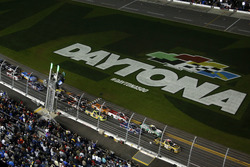 Start: Grant Enfinger, GMS Racing Chevrolet aan de leiding