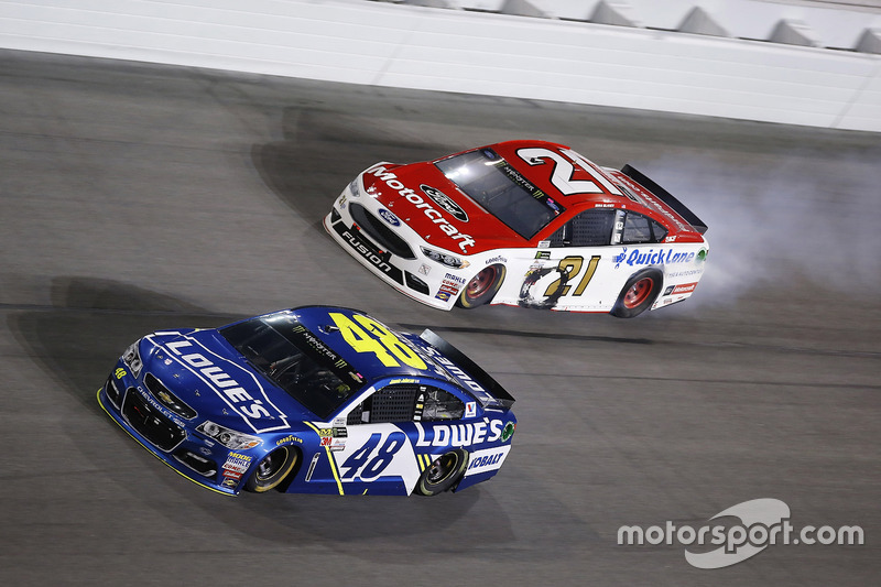 Jimmie Johnson, Hendrick Motorsports, Chevrolet; Ryan Blaney, Wood Brothers Racing, Ford