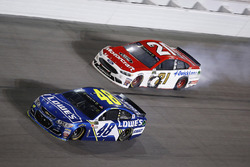 Jimmie Johnson, Hendrick Motorsports Chevrolet Ryan Blaney, Wood Brothers Racing Ford