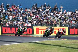 Jonathan Rea, Kawasaki Racing devant Tom Sykes, Kawasaki Racing
