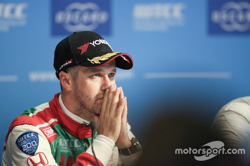 Conferencia de prensa,, Tiago Monteiro, Honda Racing Team JAS, Honda Civic WTCC