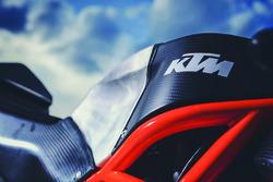 La moto Red Bull KTM Ajo en détails