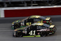 Курт Буш, Stewart-Haas Racing Ford и Коди Вар, Rick Ware Racing
