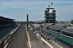 Fernando Alonso, Andretti Autosport, Honda; Scott Dixon, Chip Ganassi Racing, Honda