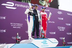 Jose Maria Lopez, DS Virgin Racing, Sébastien Buemi, Renault e.Dams, e Nick Heidfeld, Mahindra Racing, festeggiano sul podio