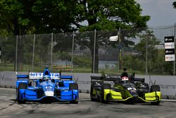 Tony Kanaan, Chip Ganassi Racing, Honda; Charlie Kimball, Chip Ganassi Racing, Honda