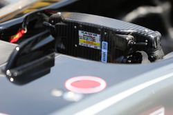 Haas F1 Team VF-17, Lenkrad