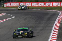 №98 Aston Martin Racing Aston Martin Vantage: Пол Далла-Лана, Педро Лами, Матиас Лауда