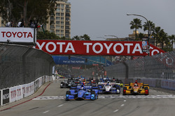 Start: Scott Dixon, Chip Ganassi Racing, Honda, führt