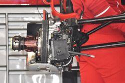 Ferrari SF70H: Vorderachse mit Bremse