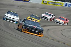 Elliott Sadler, JR Motorsports Chevrolet, Blake Koch, Kaulig Racing Chevrolet, Darrell Wallace Jr.,