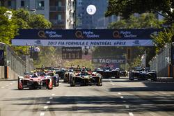 Фелікс Розенквіст, Mahindra Racing, лідирує на старті гонки