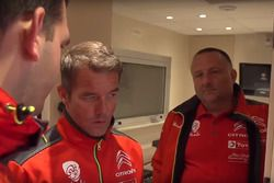 Sébastien Loeb mit Yves Matton, Citroen-Teamchef (Screenshot)