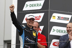 Podium: 1. Josh Files, Target Competition, Honda Civic Type R-TCR