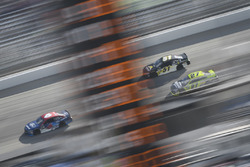 Тревор Бейн, Roush Fenway Racing Ford, Коди Вар, Rick Ware Racing Chevrolet и Пол Менард, Richard Ch