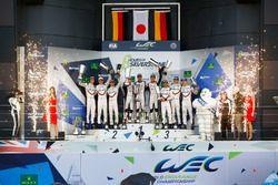 Podium: 1. #8 Toyota Gazoo Racing, Toyota TS050 Hybrid: Anthony Davidson, Sébastien Buemi, Kazuki Na