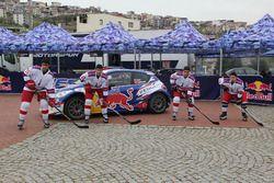 01 Neo Motorspor Yağız Avcı Bahadır Gücenmez Peugeot 208 T16 R5 2 ve İzmir'li Buz Hokeyi Milli Takım
