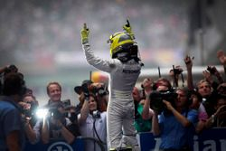 Nico Rosberg, Mercedes AMG F1 ile ilk galibiyet - Çin 2012