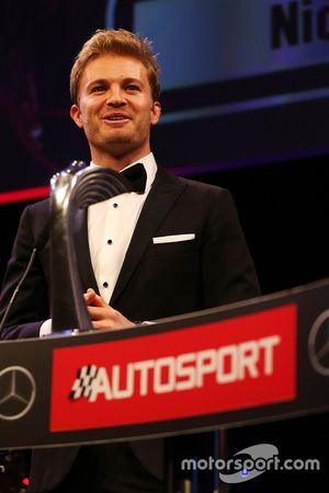 بطل العالم فى الفورمولا 1 نيكو روزبرغ، مرسيدس