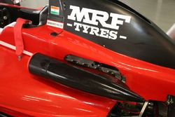 Narain Karthikeyan detalle del coche