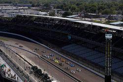 Start: Will Power, Team Penske Chevrolet leads