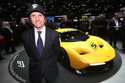 Emerson Fittipaldi with the Fittipaldi EF7 Vision Gran Turismo