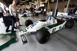 Pastor Maldonado firma un Alan Jones Williams FW07