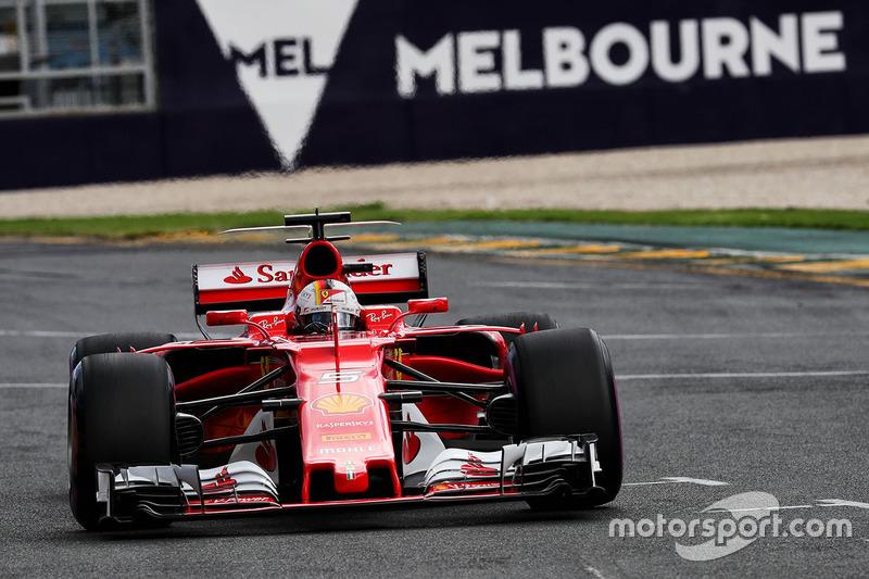 Sebastian Vettel bem que tentou - até foi o mais rápido no TL3 - mas terminou em segundo, a 0s268 de Hamilton.