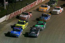 Christopher Bell, Kyle Busch Motorsports Toyota and Stewart Friesen, Elaine Larsen Motorsports Chevrolet