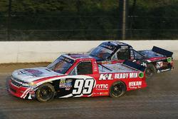 Ty Dillon, MDM Motorsports Chevrolet y Noah Gragson, Kyle Busch Motorsports Toyota