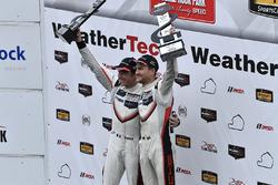 GTLM Podio: Ganadores de la carrera Patrick Pilet, Dirk Werner, Porsche Team