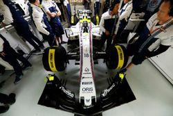 Lance Stroll, Williams FW40, in the Williams F1 garage