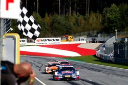 Checkered flag for Mattias Ekström, Audi Sport Team Abt Sportsline, Audi A5 DTM